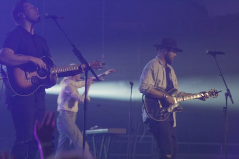 Hillsong United Stops By Fresno