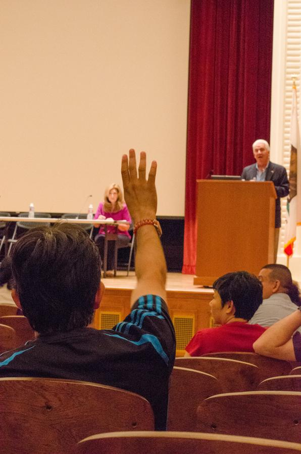 Members of the audience ask questions of Congressman Jim Costa in relation to the immigration system. Saturday, Aug. 22, 2015.