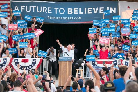 PHOTOS: Bernie Sanders rallies thousands in Fresno