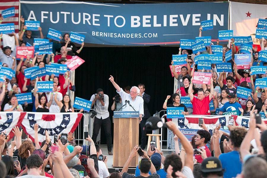 PHOTOS: Bernie Sanders rallies thousands in Fresno