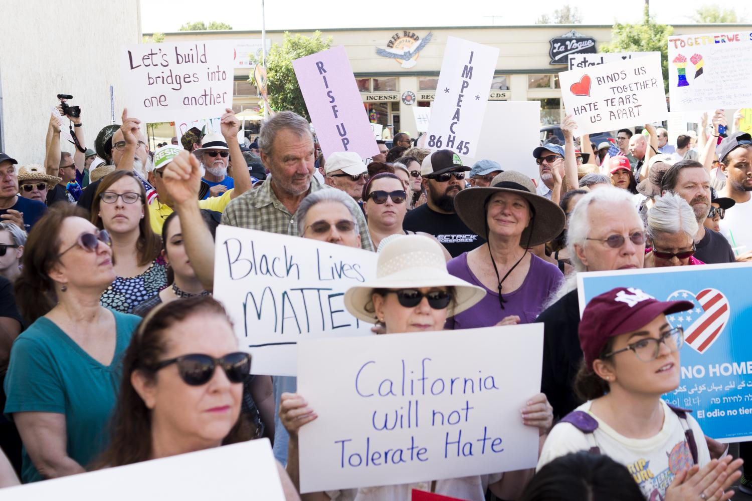 Protesters+gather+during+%22Counter+Rally+Against+Hate%22+held+in+Fresno%27s+Tower+District+on+Saturday%2C+Aug.+26%2C+2017.+The+rally+is+among+the+other+anti-white+supremacy+rallies+happening+across+the+country+in+response+to+the+events+in+Charlottesville.