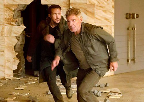 Ryan Gosling alongside Harrison Ford in Blade Runner 2049