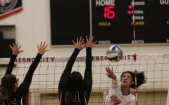 Volleyball Team Finishes Regular Season Undefeated At Home