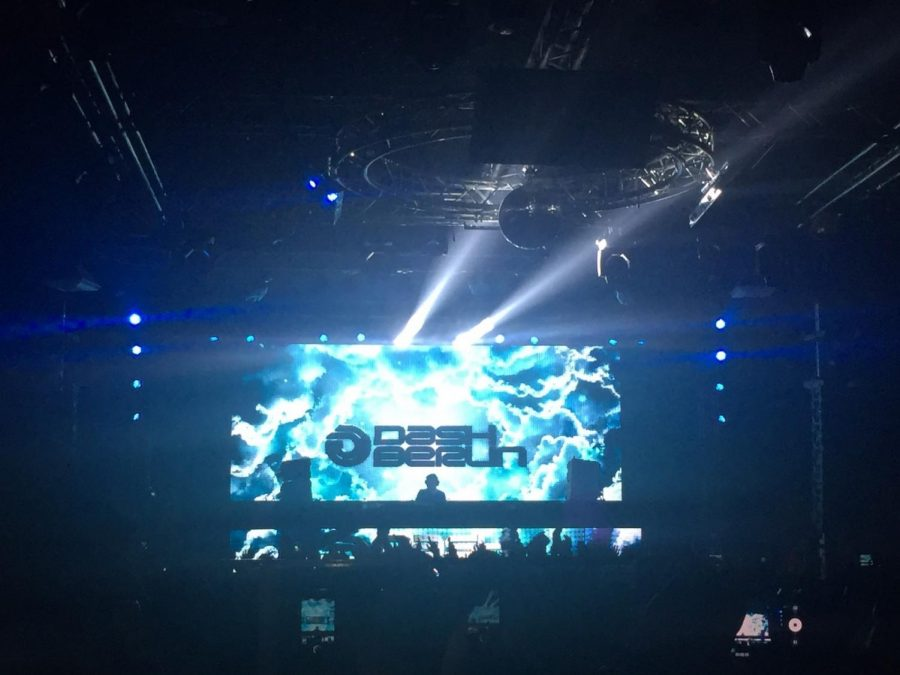 Disc Jockey Dash Berlin spins  records for a packed crowd at the Rainbow Ballroom on Oct. 28.
