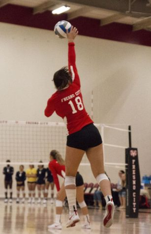 Rams' Volleyball Dominant in Home Opener
