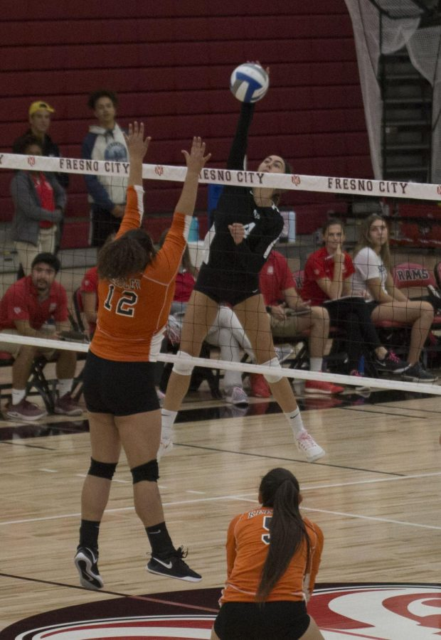 Sophomore+pin+hitter+Julie+Castleman+goes+up+for+the+kill+during+the+Rams%27+dominant+3-0+set+victory+over+the+Reedley+Tigers+on+Oct.+2%2C+2019.+The+Rams+have+now+won+117+consecutive+conference+matches%2C+and+will+go+for+their+118th+on+Wednesday+when+they+take+on+the+Porterville+Pirates+at+6+p.m.+at+the+FCC+gymnasium.