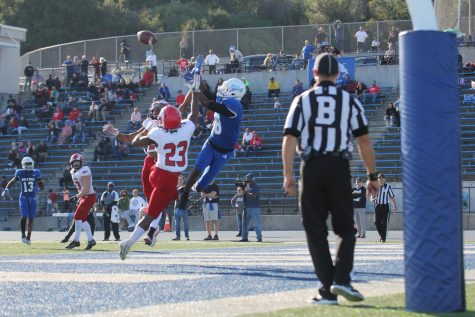 Bulldogs' freshman wide receiver Mason Starling reaches over the Rams' double coverage to secure the Bulldogs' third touchdown in their game on Nov. 23, 2019.