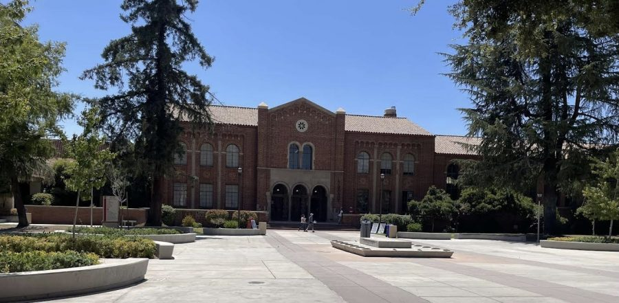 Fresno+City+College%E2%80%99s+library+has+reopened+for+in-person+services+and+there+are+some+safety+guidelines+students+and+other+visitors+must+follow.+%0A
